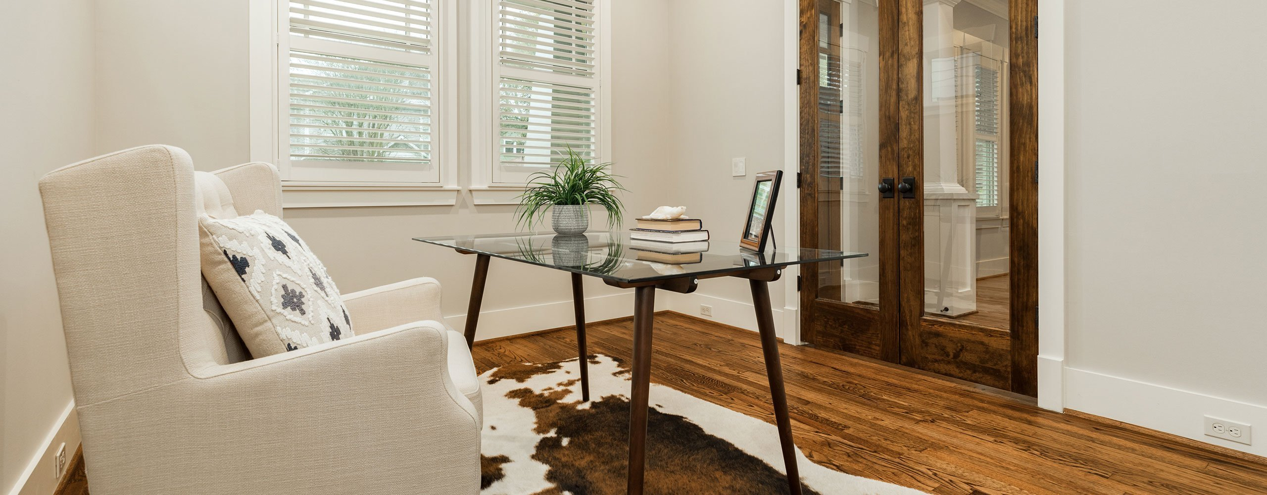 Upscale home staging services in Houston, TX