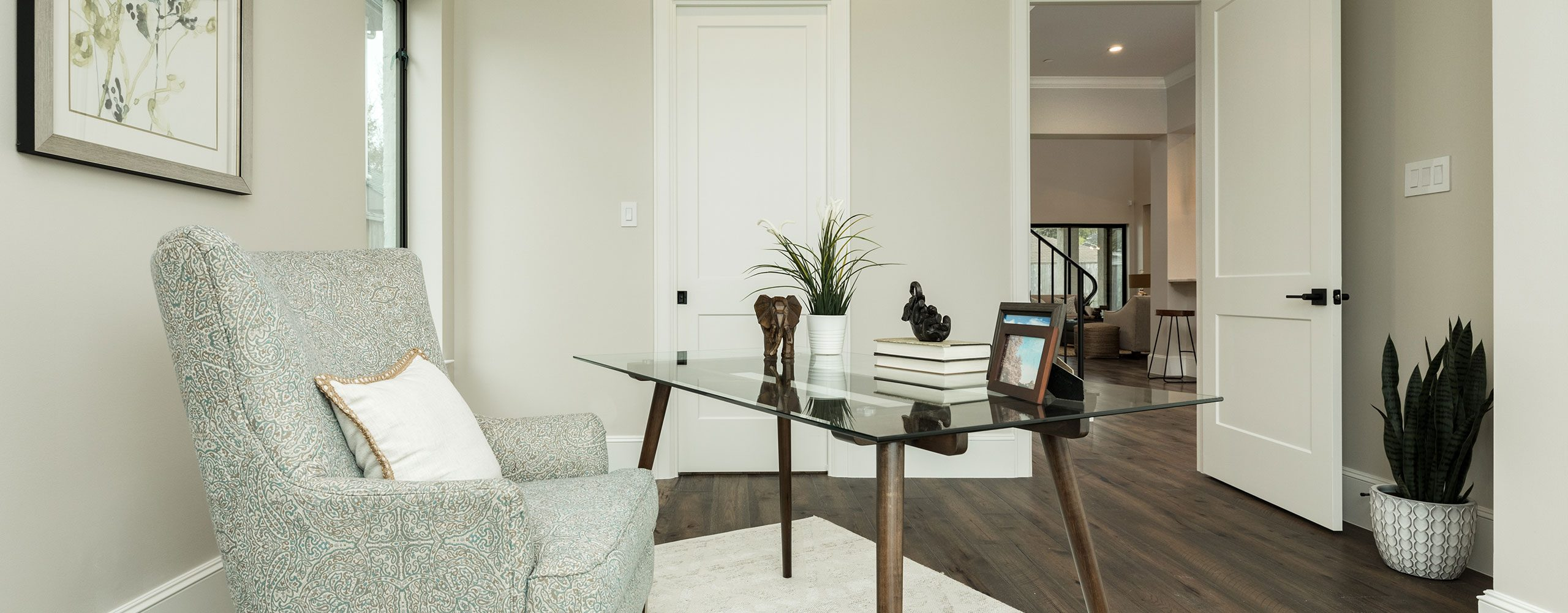 Home office staging in Houston metro area